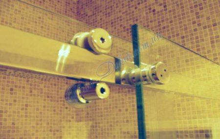 Стеклянные душевые кабины с раздвижными дверьми